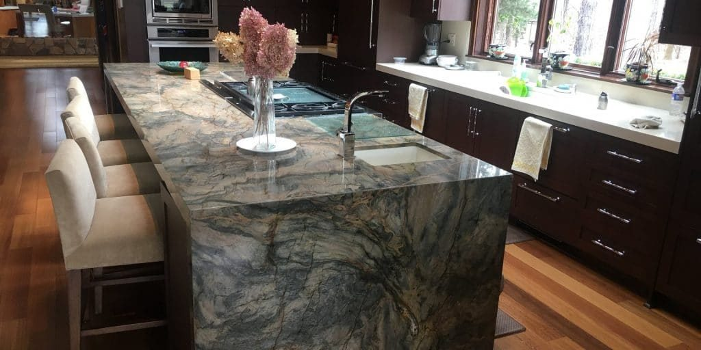 Quartzite Countertops Vs Granite Countertops In Tampa